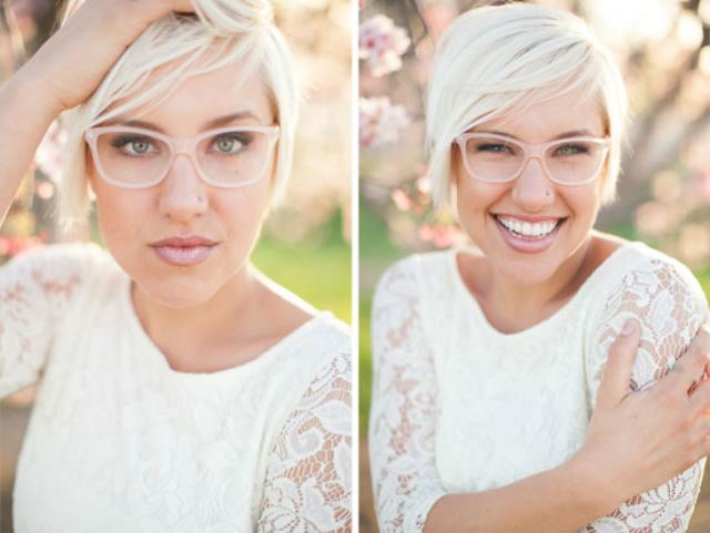 Bruid met bril en korte blonde bob