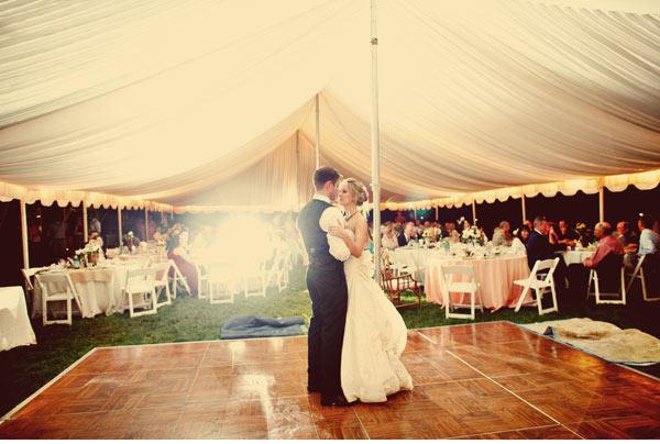 Extreem Vier je bruiloft in een tent &HB75