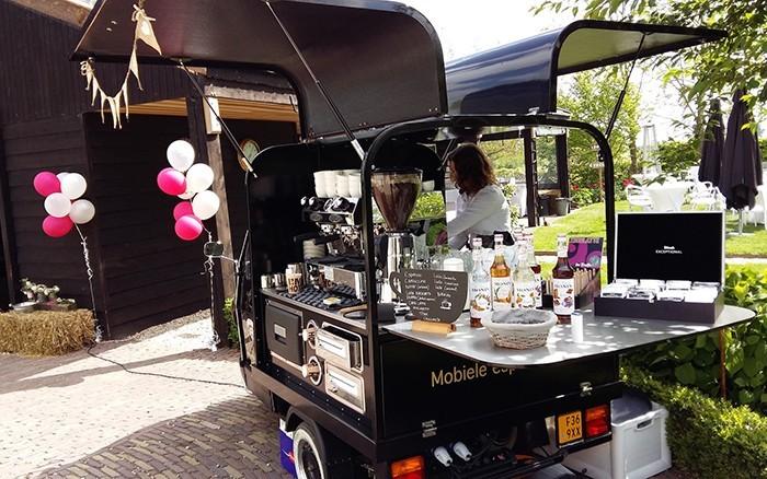 de koffie tuktuk