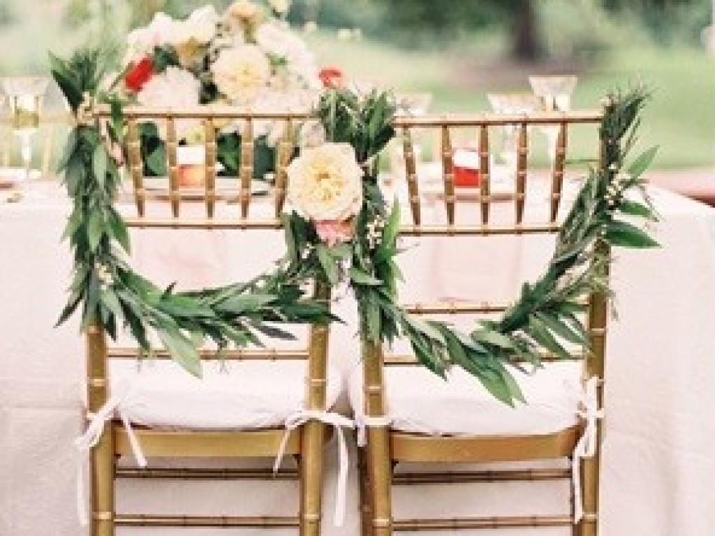 Decoratie tips om de stoelen te versieren