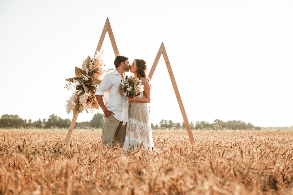 elopement golden hour wedding