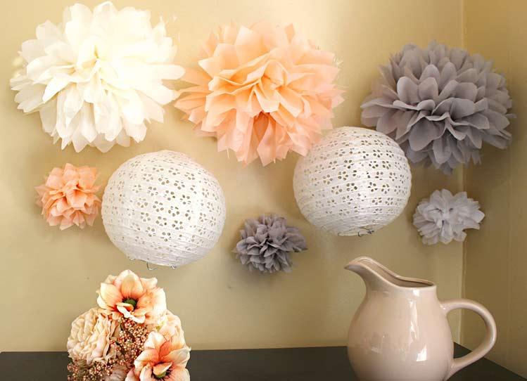 Latest diy pompoms maken decoratie huwelijk zelf with for Decoratie bruiloft zelf maken
