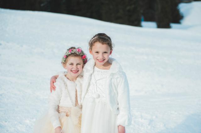 bruidsmeisjes sneeuw