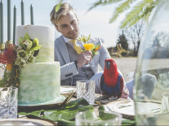 styled shoot: tropical