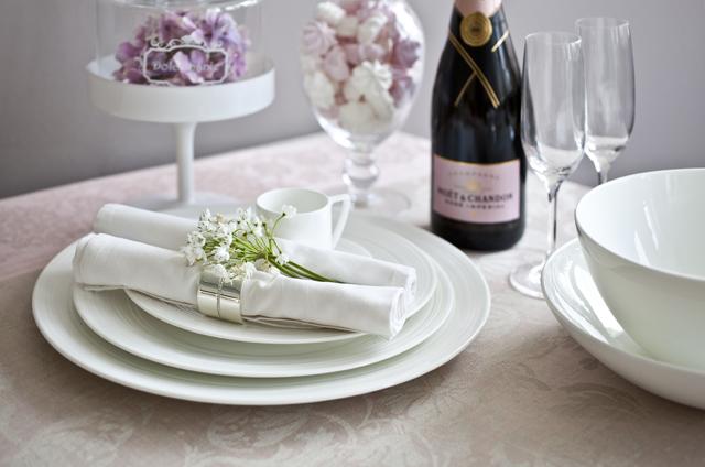 Tafeldecoratie voor je bruiloft for Tafeldecoratie bruiloft