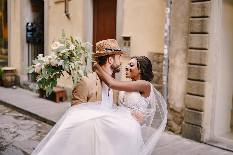 De gastenlijst samenstellen bruidspaar Trouwplannen-nl