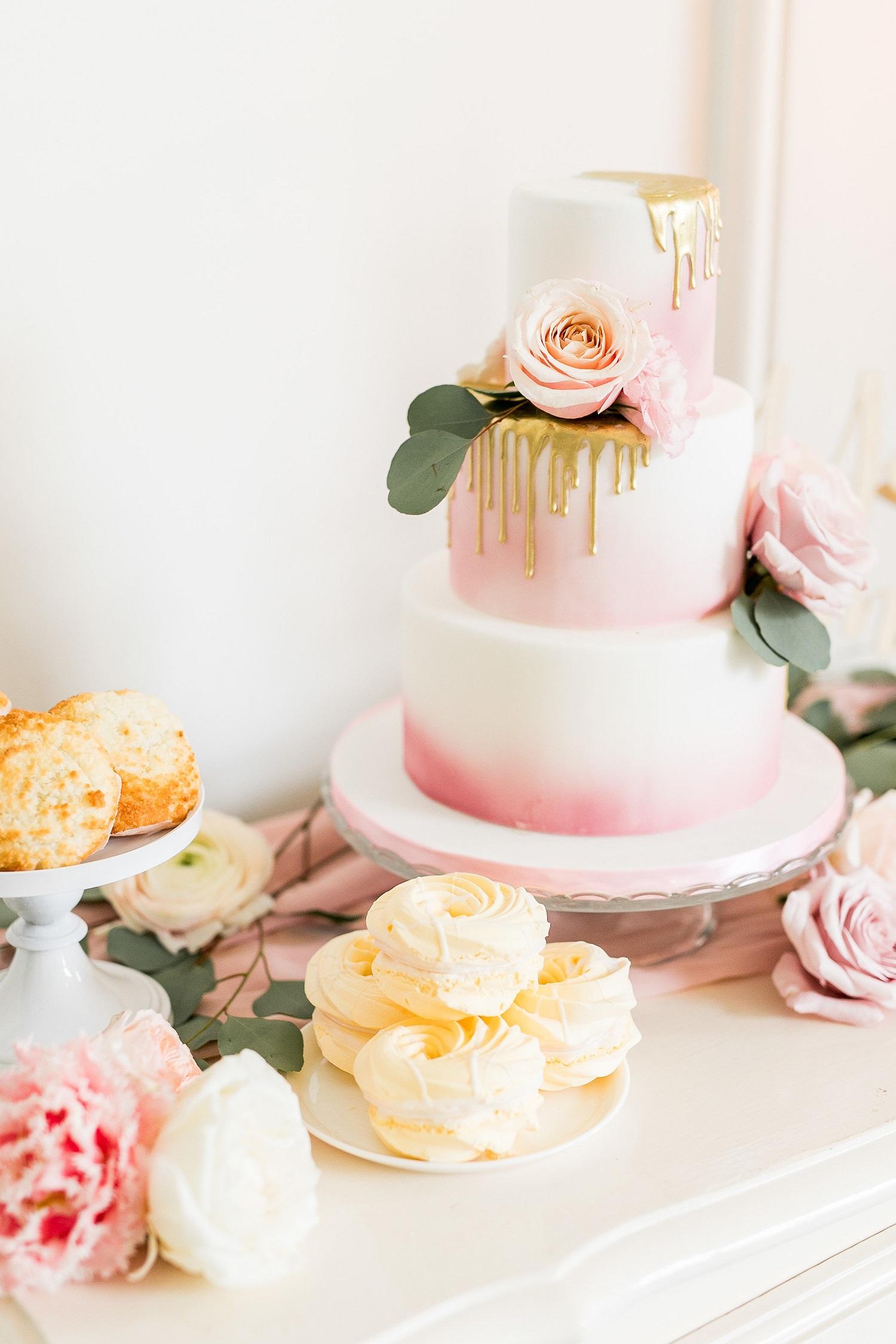 Sweet table op je bruiloft bruidstaart - Jasmijn Brussé Fotografie