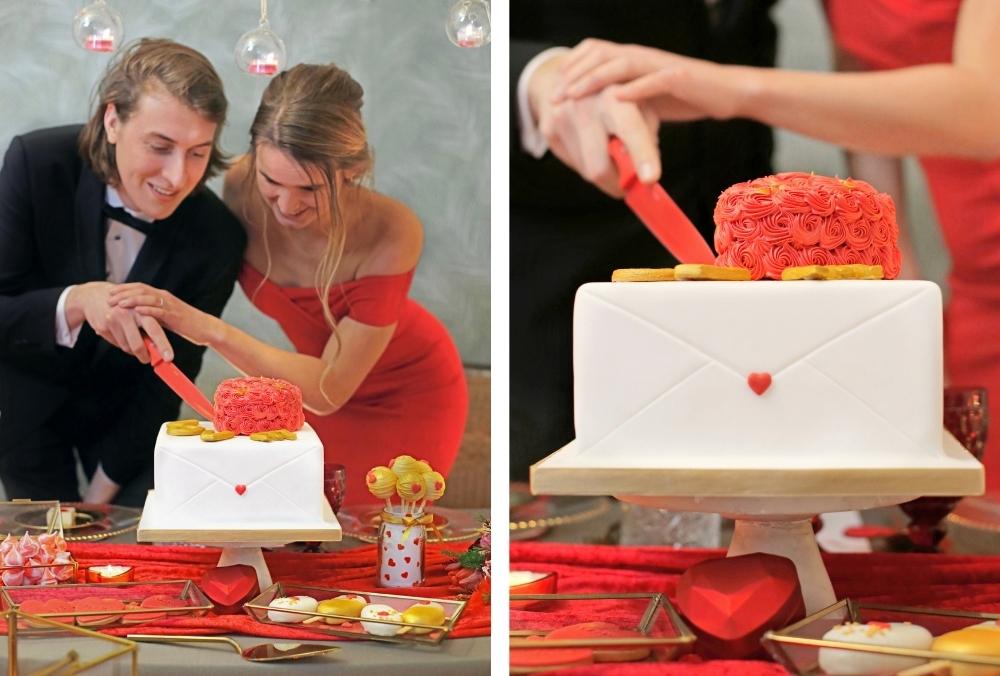 huwelijksaanzoek op valentijnsdag tussen rode rozen 27