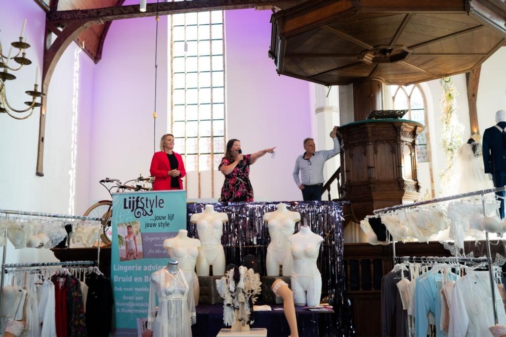 online_ trouwshow_ woensdag_31_maart_het_boudoir_bruidsmode_6