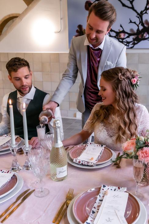 romantische lente bruiloft bij oud klooster 36