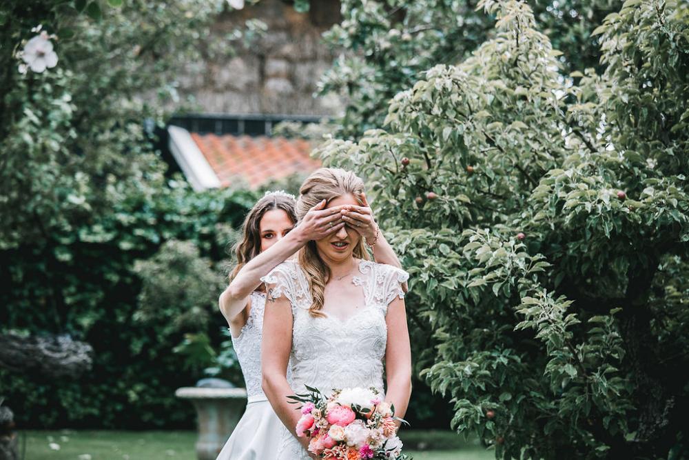 wanneer elkaar voor het eerst zien bruiloft - Mooii moment fotografie
